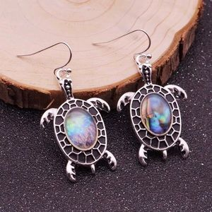3️⃣@$30 Turtle Dangle Earrings